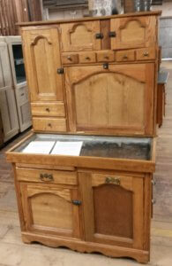 Stahly cabinet