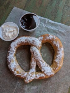 soft pretzel with dips